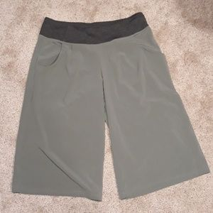 Lucy Culottes New Without Tags  Size L